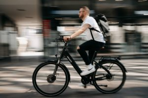 benefits of e-bikes for commuting